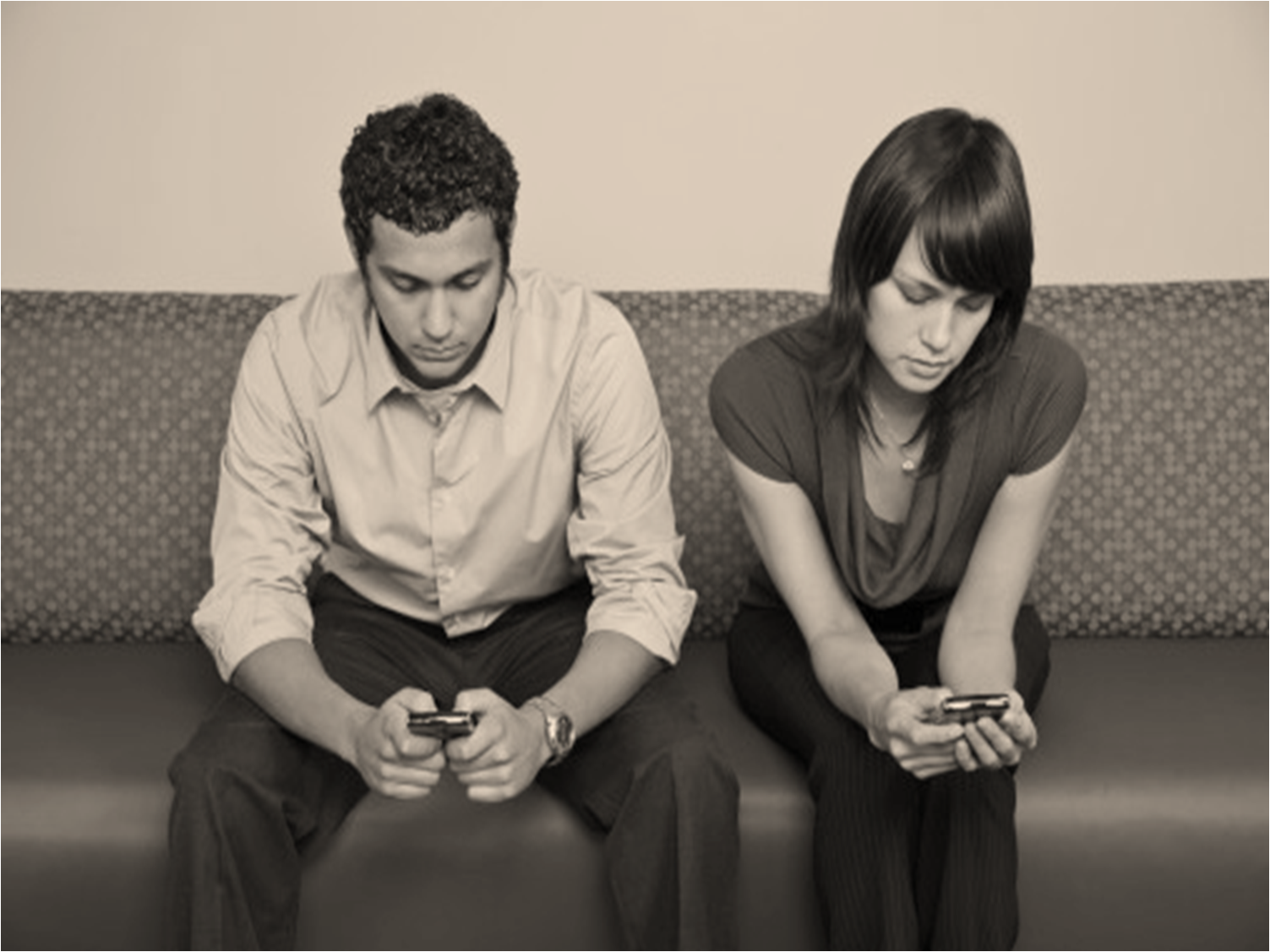 2 People Texting