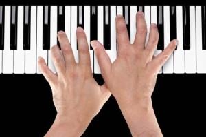hands of keys